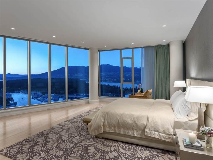 3101 - 277 Thurlow Street, Vancouver, BC - Master Bedroom