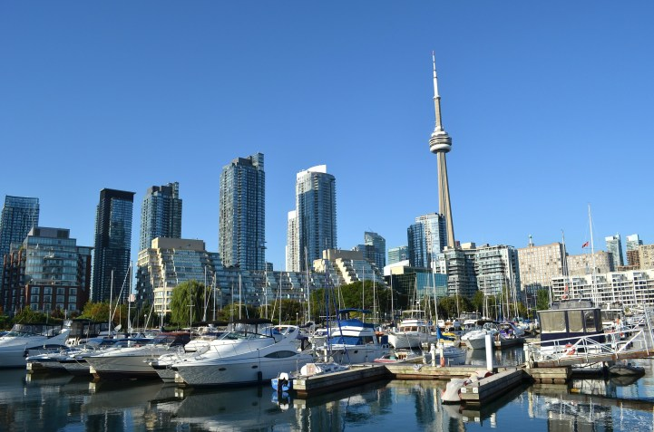 How Many People Can Support Million Dollar Toronto Real Estate Prices? A Lot
