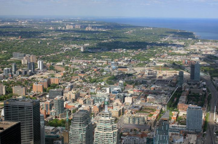Toronto Average Detached Real Estate Prices Go Negative For The First Time In Months