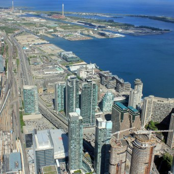 Teranet: Montreal and Toronto Real Estate Prices Drop, Vancouver Soars