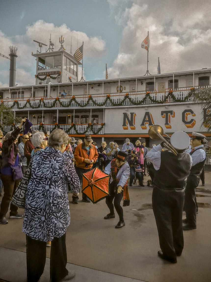 Steamboat Natchez things to do in New orleans history visit must