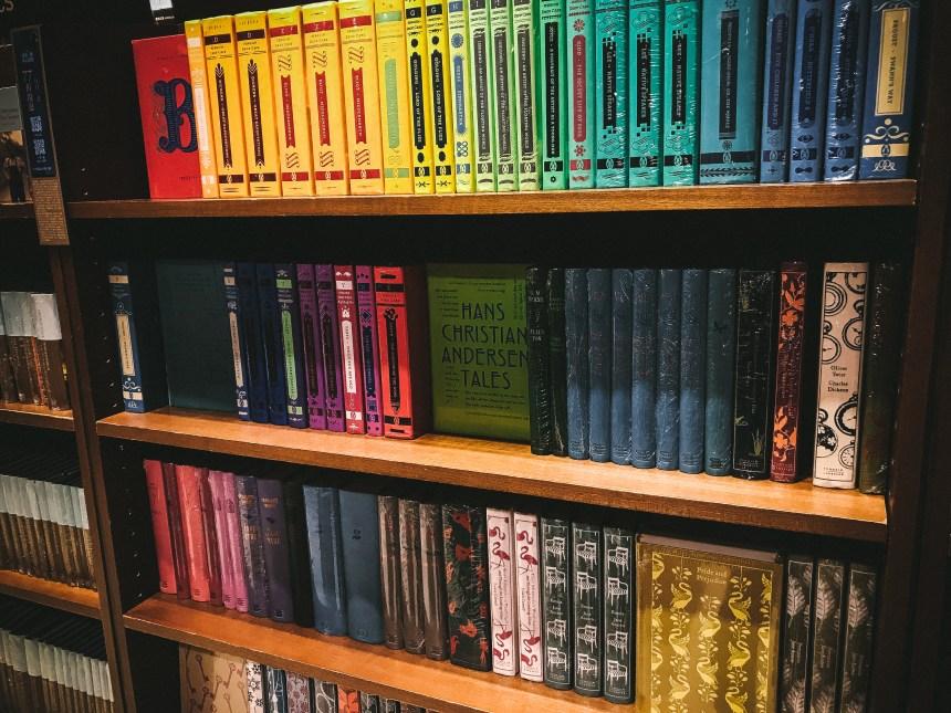 Eslite book store 誠品書店