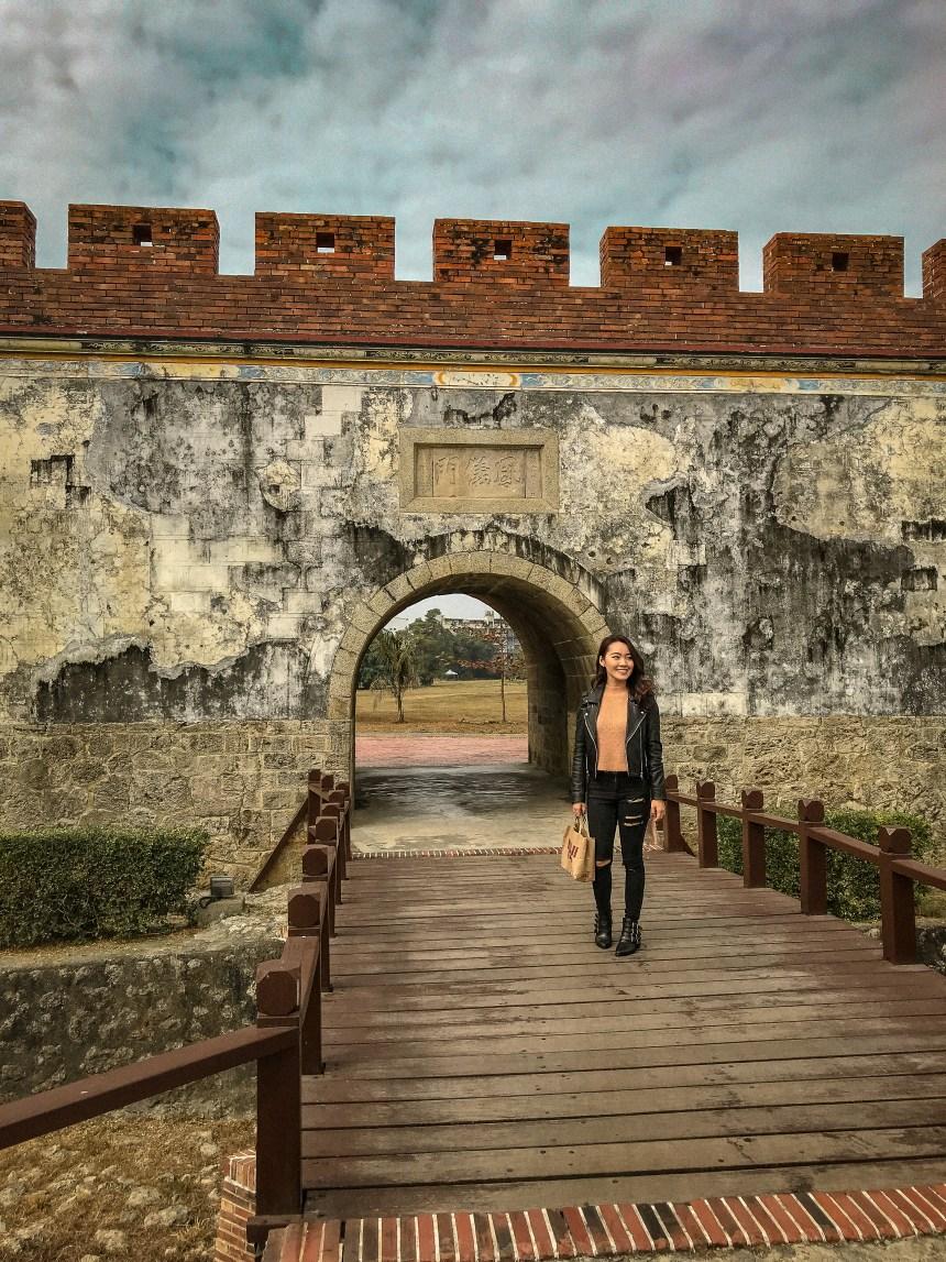 高雄玩East gate of Old town 舊城東門左營