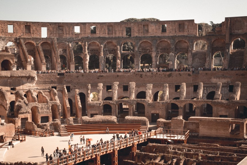 question about booking ticket of Palatine Hill Foro Romano Colosseum ultimate guide of Rome