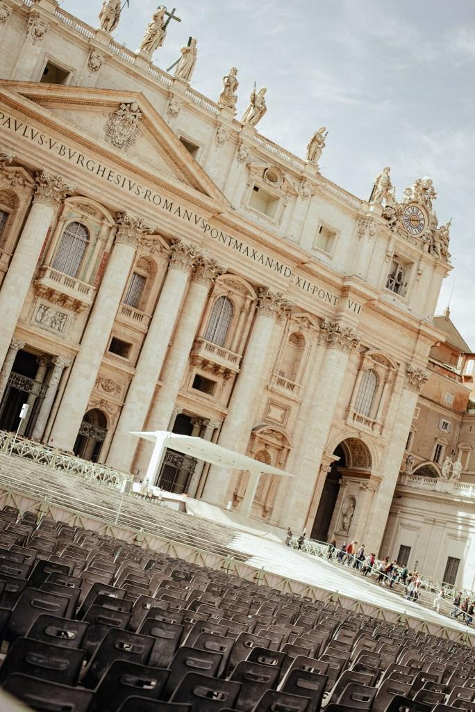 visit St Peter's Basilica trip guide