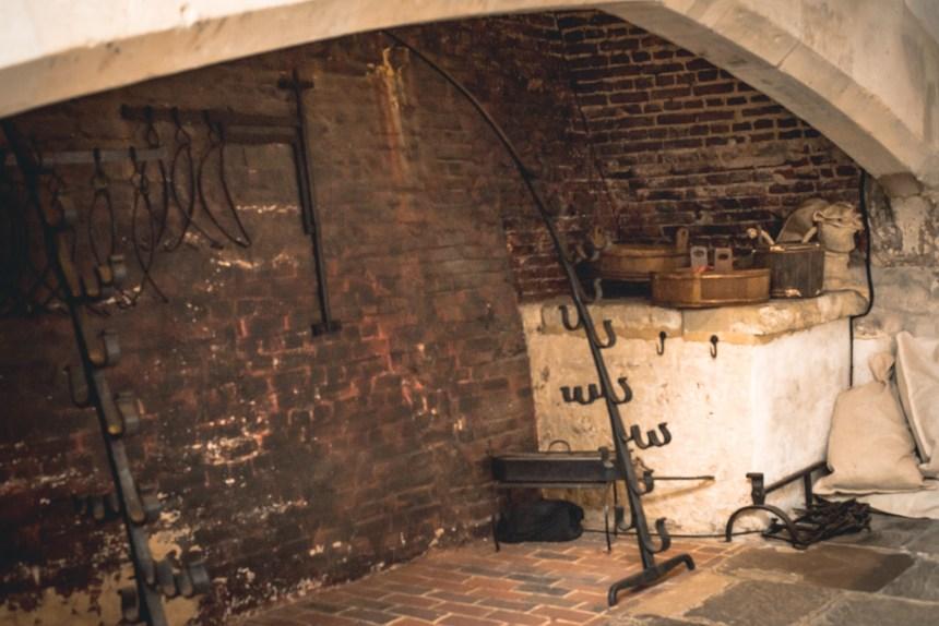 Hampton court palace Henry VIII kitchen