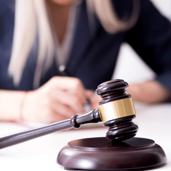 """Does """"Justice for All"""" Really Apply During A Custody Battle?"""