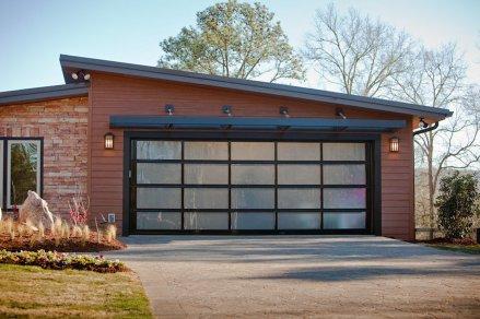 Avante-close-up-garage