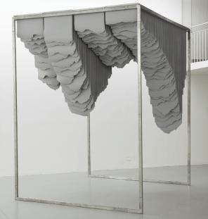 Huashan II 2015, 310 x 350 x 180cm, Papier + Edelstahl