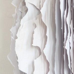 Horizons 2013, Installation aus Papier, Maße 1,20 x 2,20 m