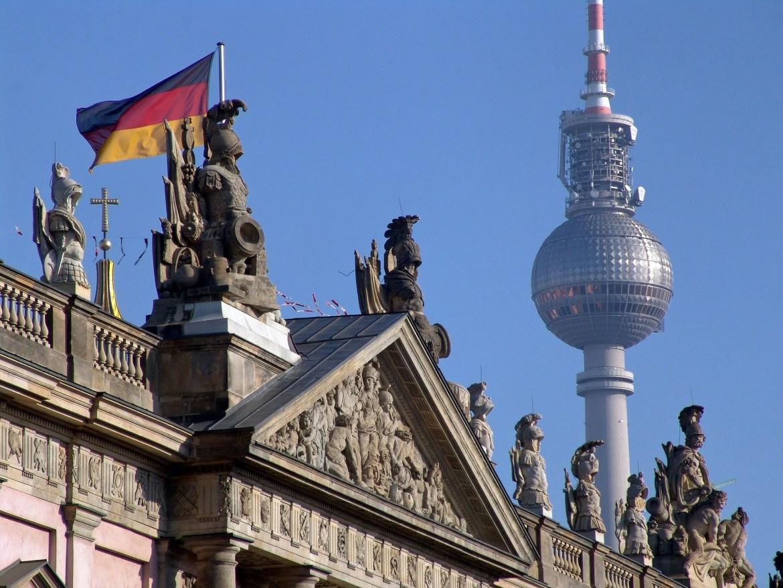 berlin-1028980_1920