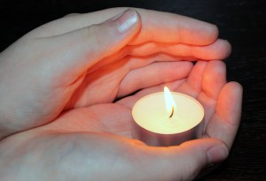 candle-1240376_1920