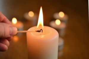 candle-1750640_1280