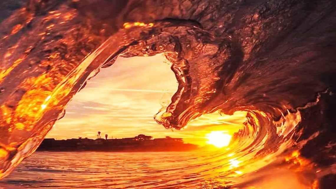 frozen wave against sunlight