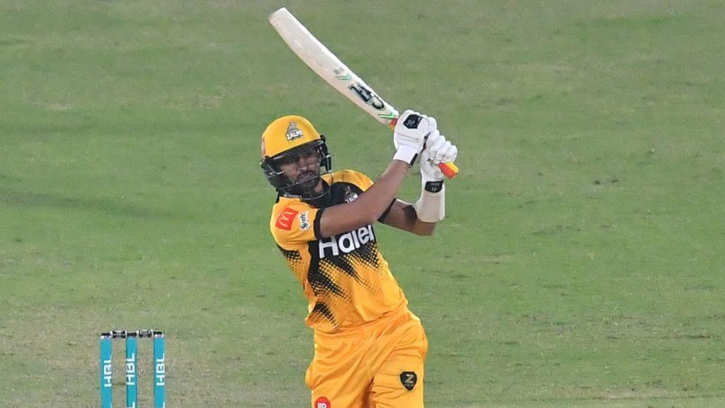 Shoaib Malik, Qasim Akram take Central Punjab into third place
