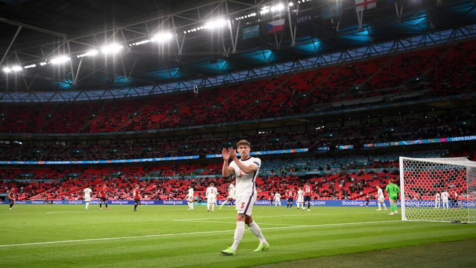 England v Hungary: Back goals in both halves in 3/1 Bet Builder