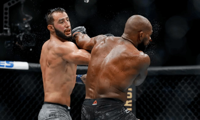 Jones Reyes Rematch Odds 2