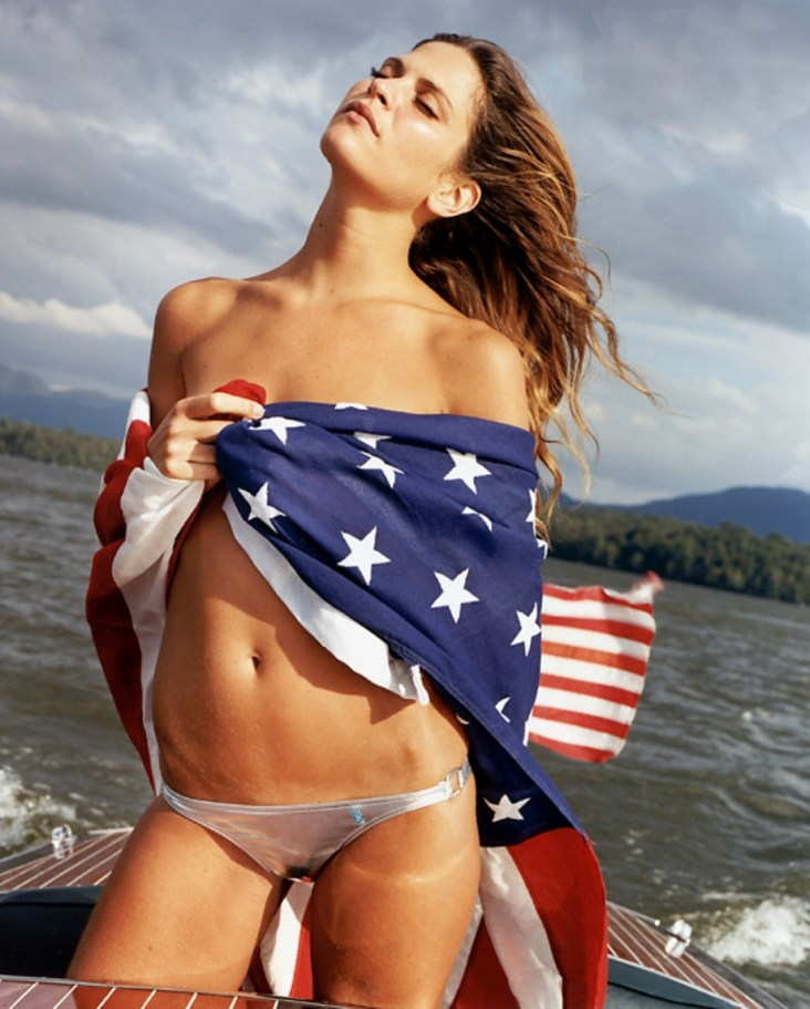 usa_Flag_girl