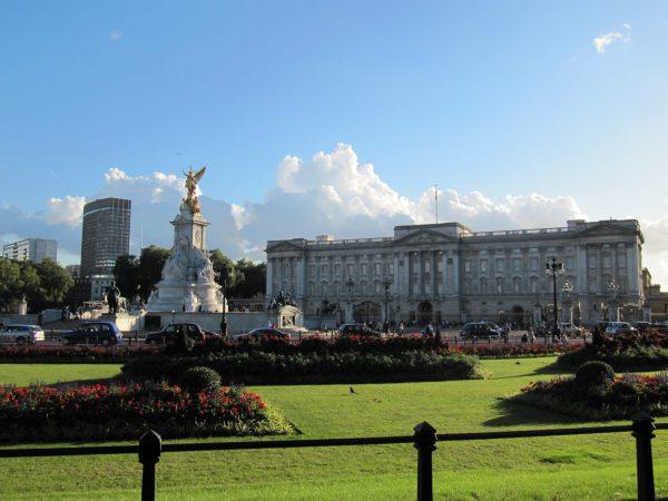 Buckingham Palace.