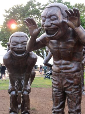 The laughing statues of Denman Street