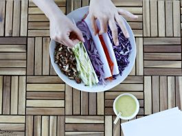 How to Style a Salad
