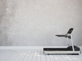 7 Little Tips That Make It Way Easier to Keep Going on That Treadmill