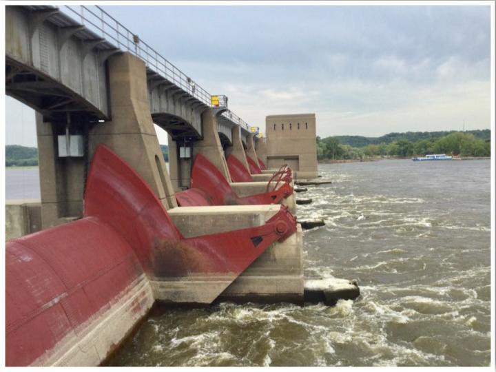 Mississippi River Lock and Dam 11 Dubuque