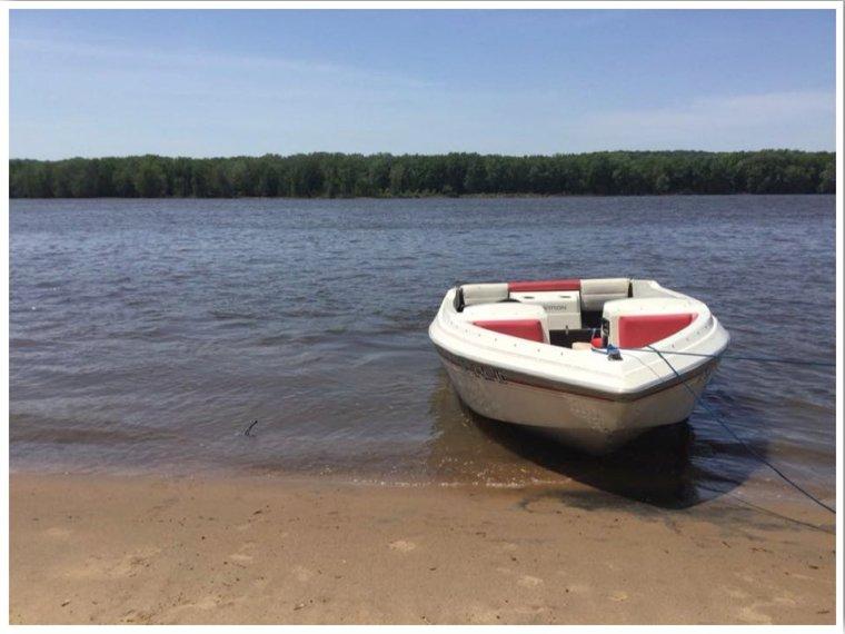Mississippi River Sandbar Camping