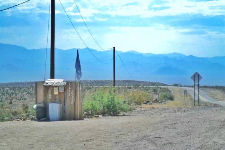 Toilets Route 66 Oatman Highway