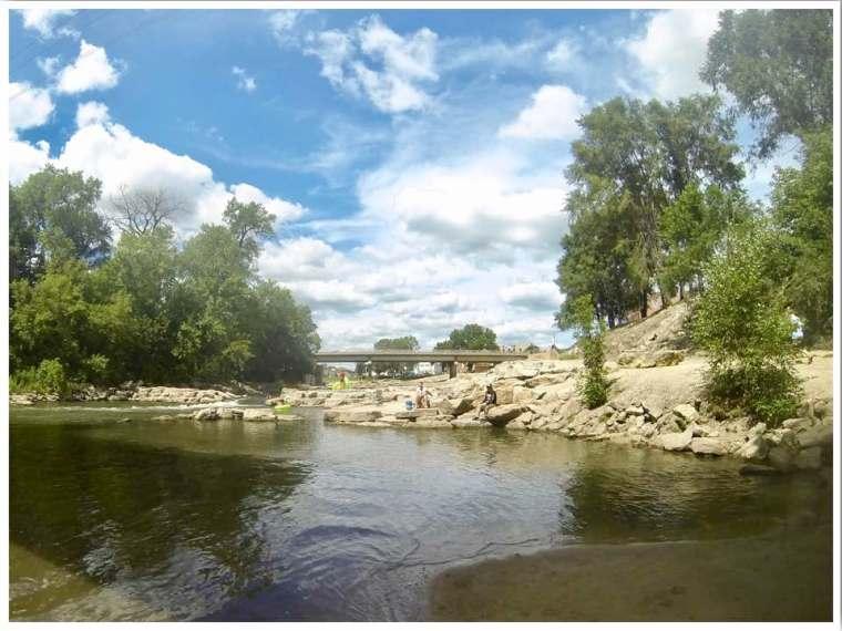 Manchester Iowa Maquoketa River