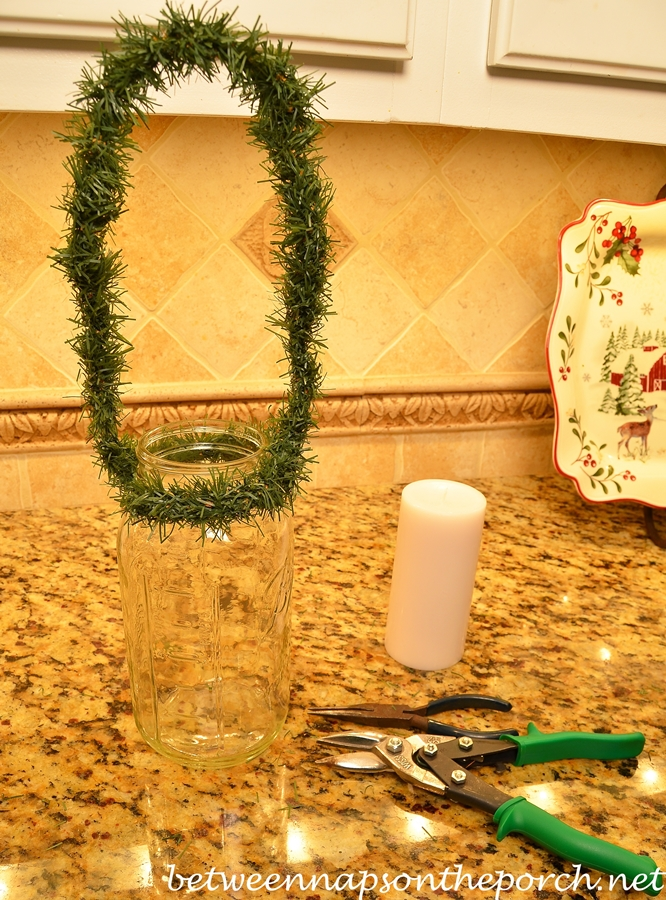 Garland Christmas Mouth