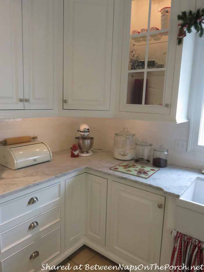Farmhouse Kitchen Renovation With A Big Chill Refrigerator on Farmhouse Countertops  id=99739