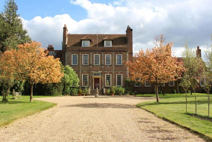 Downton Abbey, Byfleet Manor, Home of Dowager Lady Violet
