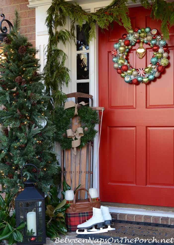 Christmas Porch Decorating Ideas on Patio Decorating Ideas With Lights  id=56806