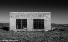country market black and white