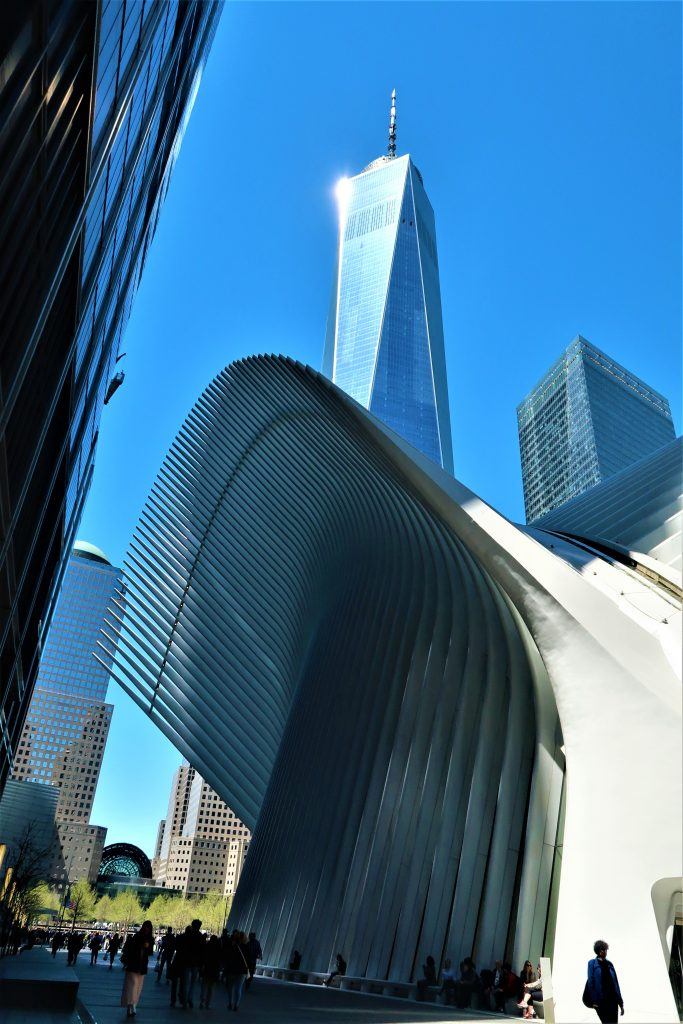 The Oculus with the One World Trade Centre behind