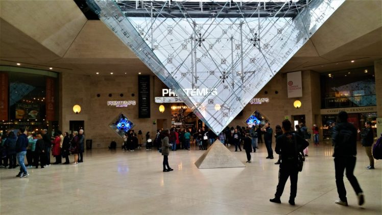 Shopping Centre at the Louvre