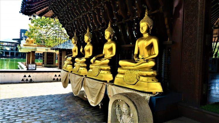 Outside Seema Malakaya Meditation Centre in Colombo