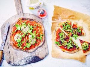 veganistisch recept pizza met mozzarella