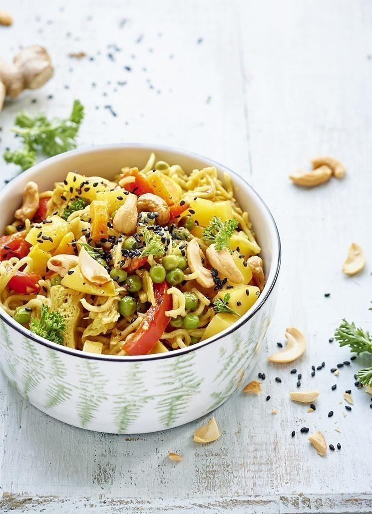 recept noedels met vegan kipstuckjes in curryroomsaus