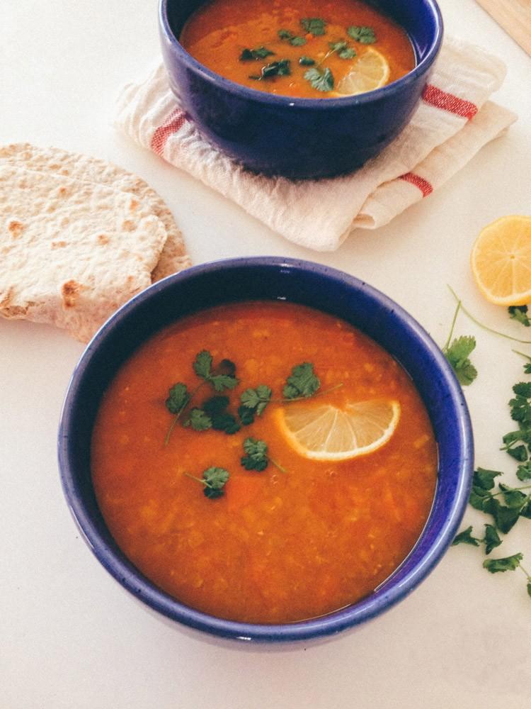 vegan recept dahlsoep met rode linzen en wortel