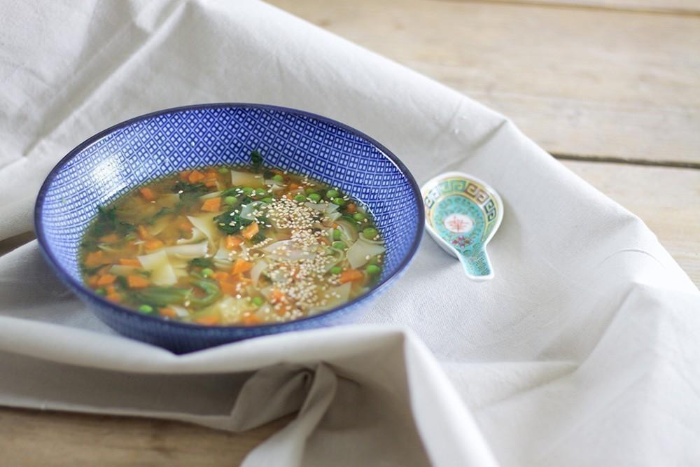 recette japonnaise végétalienne de ramens au miso