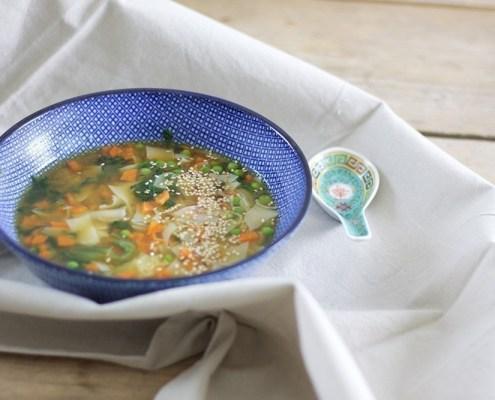 recept vegan misosoep met noedels uit Japan