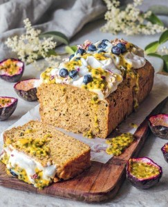vegan recept banaan-passievruchtbrood