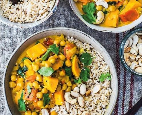 Curry onctueux et rapide avec patate douce et pois chiches