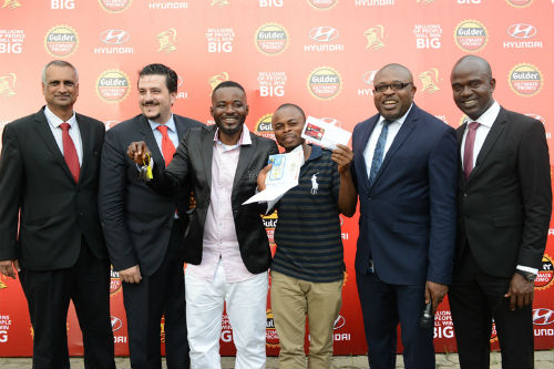 L- Jatin Nadkarni, Head Sales and Marketing Hyundai, Franco Maria Maggi Marketing Director Nigerian Breweries Plc, Francis Njoku, winner of a Hyundai Elantra car, Kolawole Ishola, winner of N100,000, Kufre Ekanem, Corporate Affairs Adviser, Emmanuel Agu Marketing Manager, Gulder, More, 33, Life and Stout category, both of Nigerian Breweries Plc during the prize presentation for raffle draw winners in the ongoing Gulder Ultimate Promo at NB headquarters in Lagos