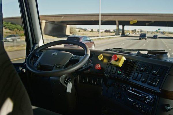 driver-less truck3