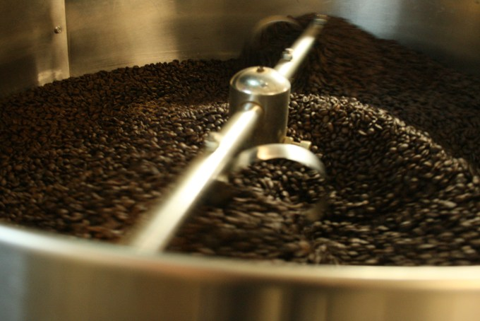 How to Use An Espresso Machine - Coffee Bean Grinder
