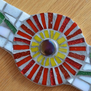 red-daisy-mosaic