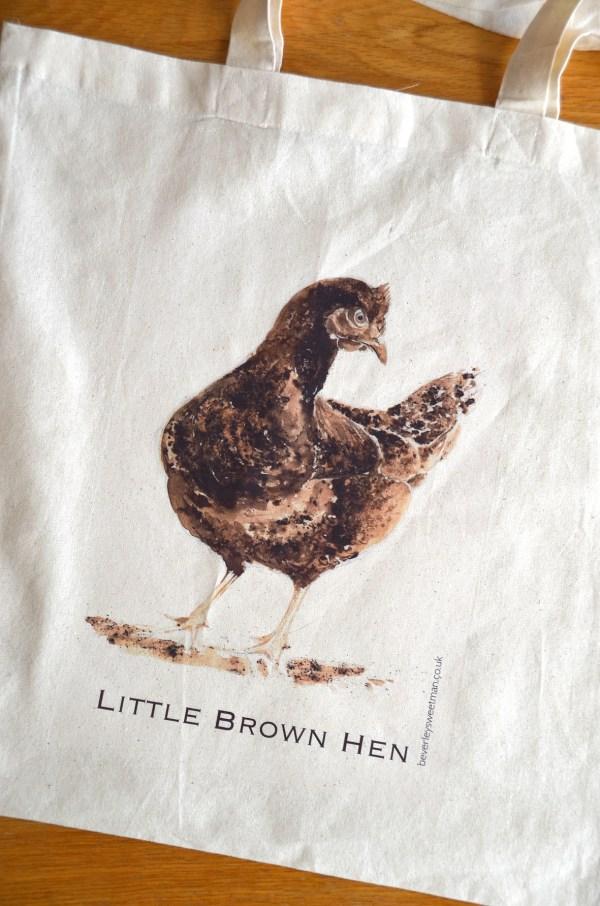 Brown hen cotton tote bag